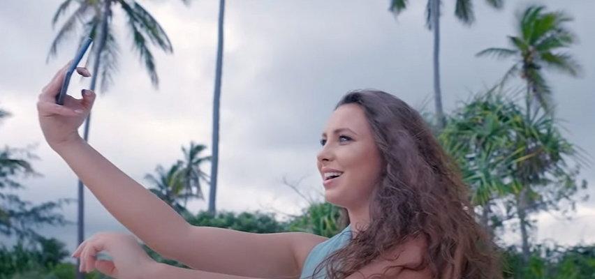 """Ten przebój promuje """"Hotel Paradise 4"""". Czy """"Raj mi daj"""" skradnie serca fanów? Nie zgadniesz, kto go śpiewa"""