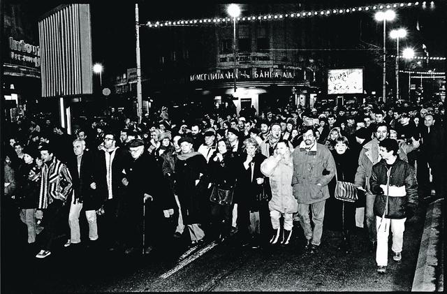 I glumci su bili učesnici protesta 1997. zbog krađe na izborima