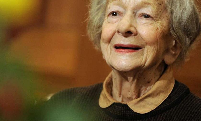 Katarzynie Kolendzie-Zaleskiej udało się dokonać rzeczy niezwykłej - namówiła poetkę Wisławę Szymborską na zwierzenia