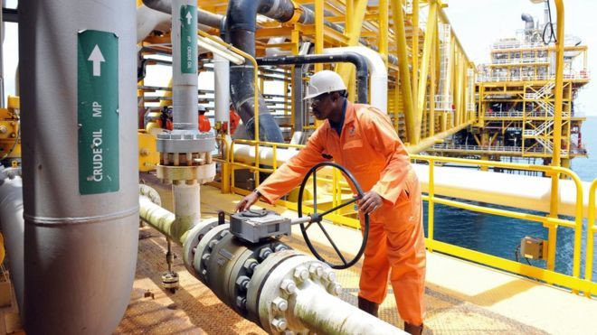 NNPC engineer at site (BBC)