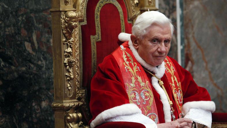 Papież modlił się za Libię