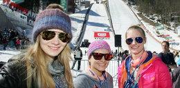 Dziewczyny i żony skoczków narciarskich. Ależ one są...