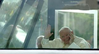Ks. Boniecki o beatyfikacji Jana Pawła II: Kościół publicznie mówi 'ten papież jest drogowskazem'