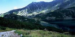 Dramat w Tatrach. Ratownicy reanimowali kobietę nurkującą w Wielkim Stawie Polskim