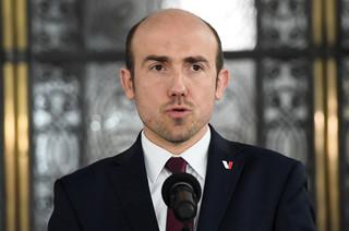 KO chce rozliczyc PiS z wyborów prezydenckich: Wniosek o dymisję Jacka Sasina. 'Czeka go odpowiedzialność konstytucyjna przed Trybunałem Stanu'