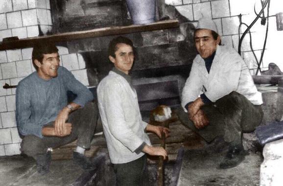 Čuvena turska peć na slici iz 1956. godine