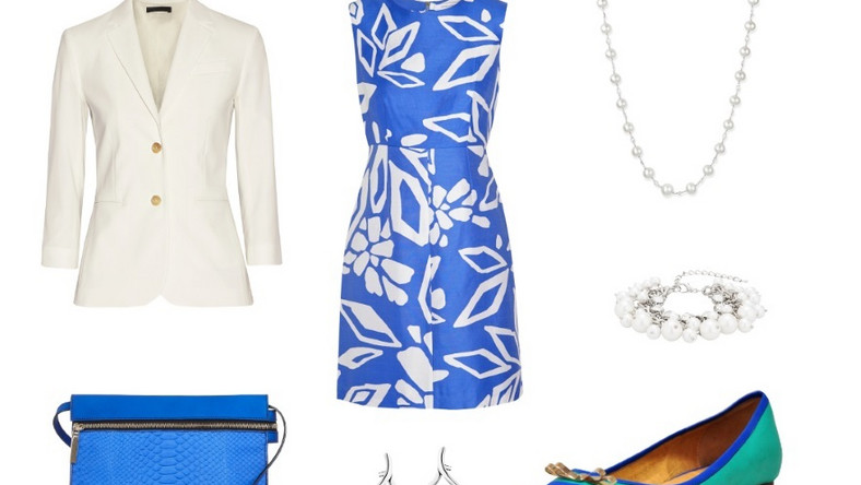RODZINNE PRZYJĘCIE Spotkania z bliskimi przy stole to nieodzowny element świąt wielkanocnych. Jeśli hołdujemy tradycji, na świąteczne śniadanie i obiad ubierzmy się elegancko, ale wygodnie. Idealna będzie biało-niebieska sukienka z modnym kwiatowym wzorem. W zestawieniu z białą marynarką i perłową biżuterią prezentuje się niezwykle modnie i wytwornie. Kobaltowa kopertówka i komfortowe baletki w modnym kontrastowym połączeniu ożywią stylizację.