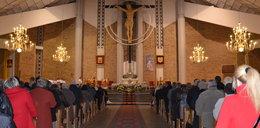 Zakaz pracy w niedzielę dla... księży w Polsce!