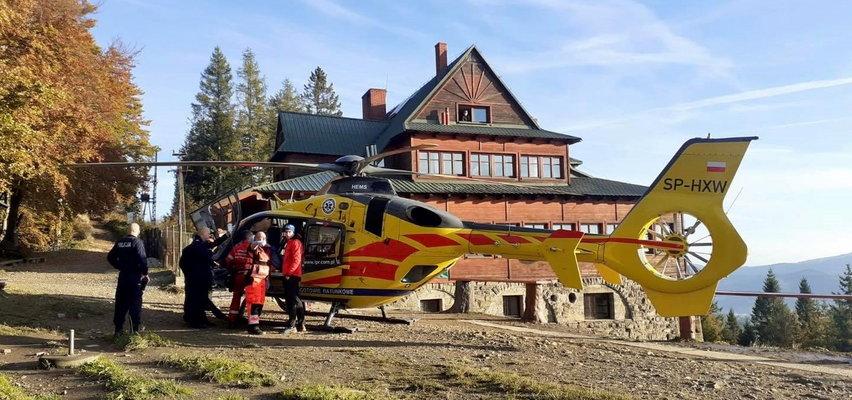 Mężczyzna wypadł z okna schroniska na Stożku w Beskidzie Śląskim