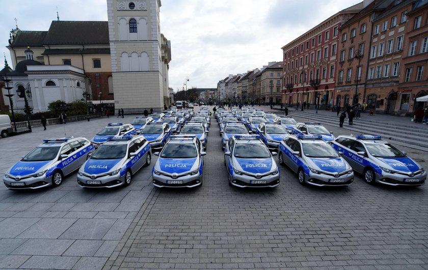 Policja dostała nowe radiowozy