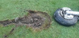 Koło samolotu spadło na pole golfowe