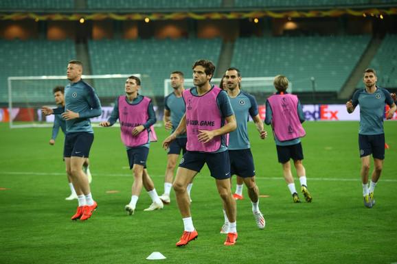 Fudbaleri Čelsija na treningu pred meč sa Arsenalom