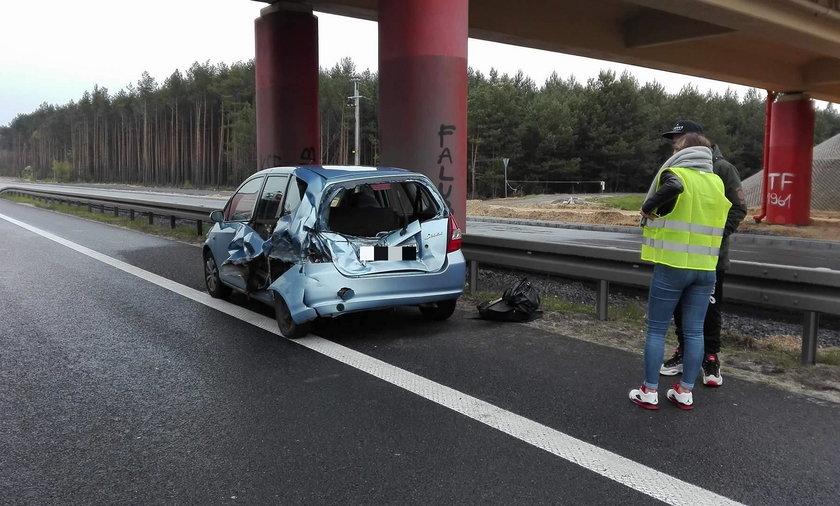 Poważny wypadek na S3 pod Zieloną Górą. Zderzył się motocykl i dwie osobówki