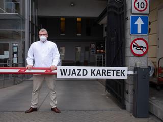 Dr Grzesiowski: Pani mówi o relacji między władzą a ekspertami zajmującymi się koronawirusem? Jej nie ma