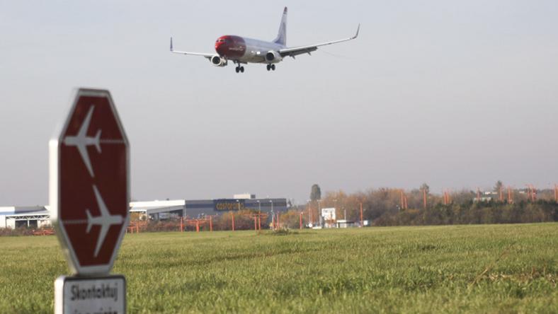 Samoloty będą mogły operować samoloty przy niewielkiej widoczności