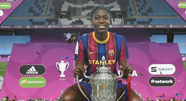 Asisat Oshoala has won another club title of her illustrious career  (Instagram/Asisat Oshoala)