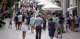 To polskie miasto nie zatrudni niezaszczepionych! Ostra deklaracja władz. Czy będą obniżki pensji?