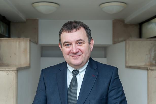 Obrońca Gawłowskiego, mec. Roman Giertych zapowiedział też w środę wniosek do prokuratury generalnej o przeniesienie sprawy posła PO do innej prokuratury