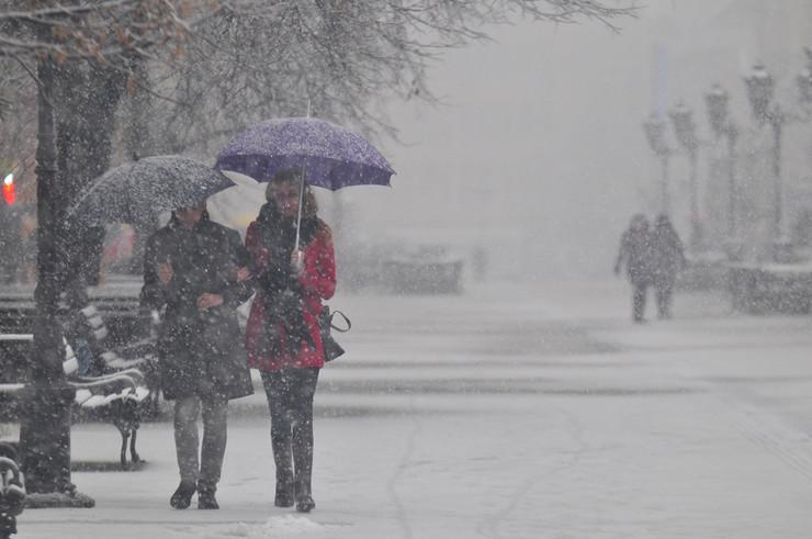 Novi Sad sneg_060215_RAS foto robert getel (5)