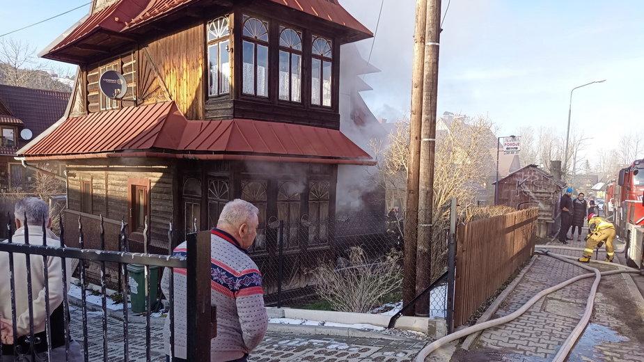 Pożar drewnianego domu przy ulicy Kościeliskiej w Zakopanem