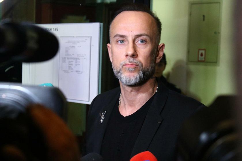 Muzyk Adam Darski ps. Nergal lider zespołu Behemot został oskarżony o publiczne znieważenie polskiego godła
