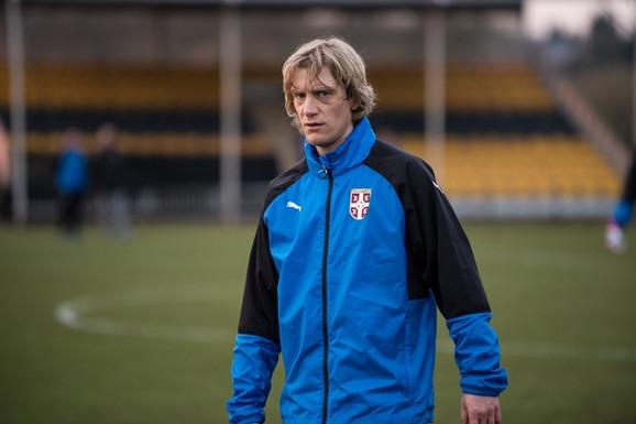 Dušan Basta na treningu reprezentacije Srbije u Engleskoj