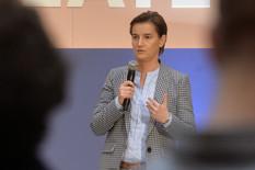 Ana Brnabić, Mladi talenti
