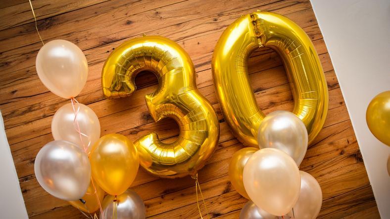Prezent na 30. urodziny! Zaskocz bliskich super upominkami!
