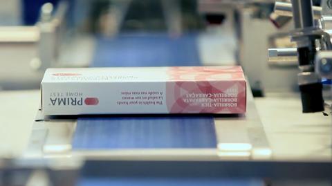 Szwajcarska firma PRIMA Lab działa dopiero od sześciu lat, ale szybko rozwija sprzedaż testów diagnostycznych do użytku osobistego. Sieć Biedronka od poniedziałku zaczyna sprzedaż ich produktów.