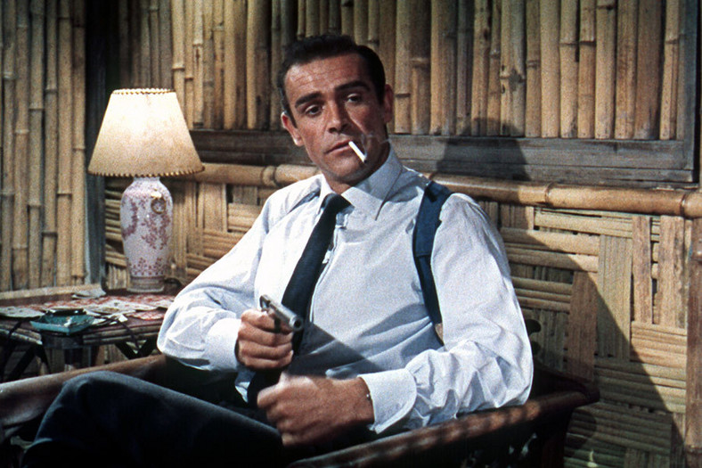 "Sean Connery jako James Bond w filmie ""Doktor No"""