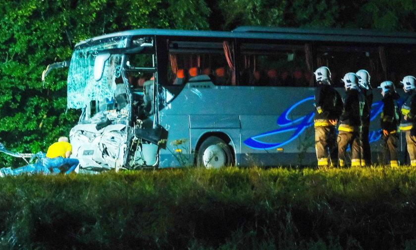 Kleszczów: zderzenie busa z autokarem na drodze nr 88. Nowe fakty