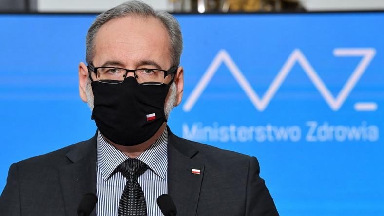 Minister zdrowia Adam Niedzielski podczas konferencji dot. sytuacji epidemicznej w Polsce