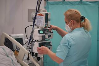 Koronawirus w Polsce: 13 926 nowych zakażeń, 740 osób zmarło [NAJNOWSZE DANE NA MAPIE]