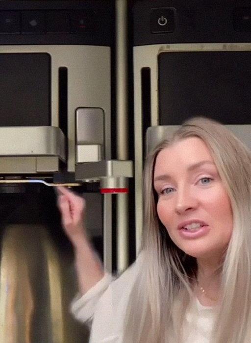 Stewardessa przestrzega! Nigdy nie zamawiajcie tego w samolocie