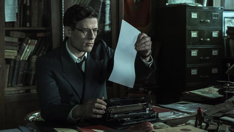 """Kadr z filmu """"Obywatel Jones""""; fot. Robert Pałka"""