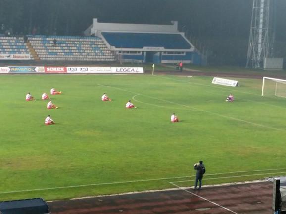 Protest fudbalera Borca usred meča sa Spartakom