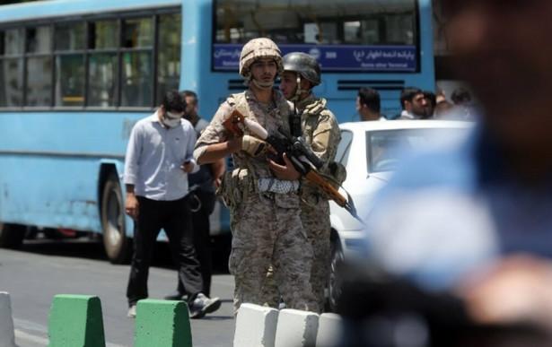 Iran: 12 zabitych w atakach na parlament i mauzoleum Chomeiniego