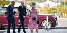 Królowa wyszła z ukrycia po 7 miesiącach. I od razu ją krytykują