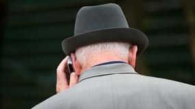 Telefon dla seniora - co wybrać dla babci i dziadka
