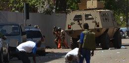 Strzały w pobliżu francuskiej ambasady. Są zabici