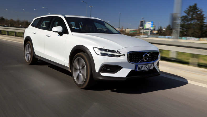 Volvo V60 Cross Country D4 Polestar