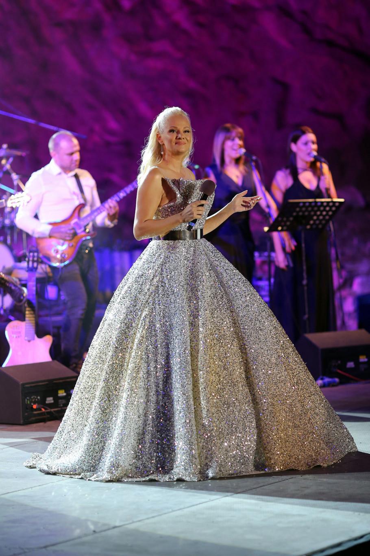 Ilda Šaulić je haljinom impresionirala publiku