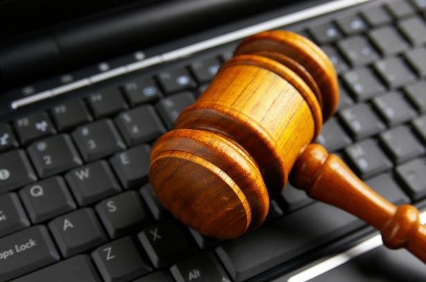młotek, klawiatura, sąd, komputer, internet