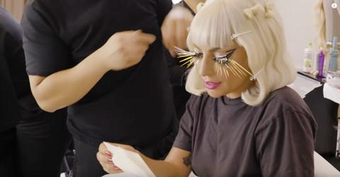 Lejdi Gaga pokazala detalje svog doma i to skoro bez ičega na sebi! Foto