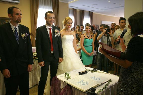 Bane, Čačanin, i Milica, Užičanka, venčali su se na Zlatiboru