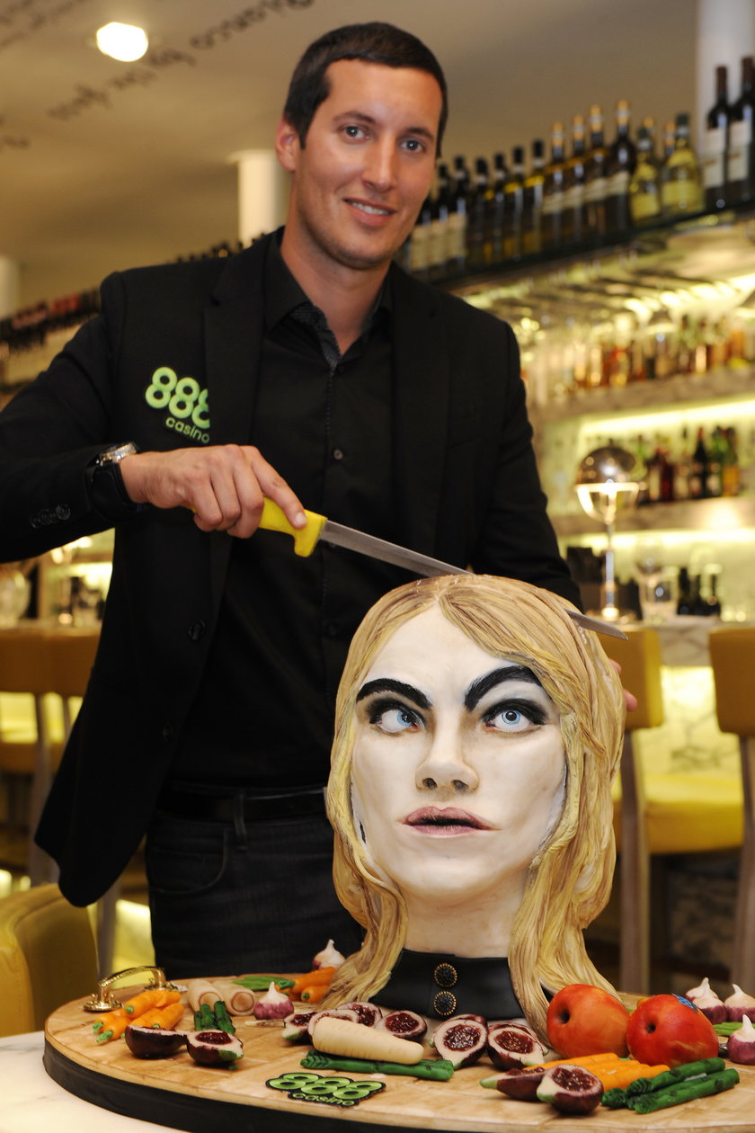 Tort - podobizna Cary Delevingne