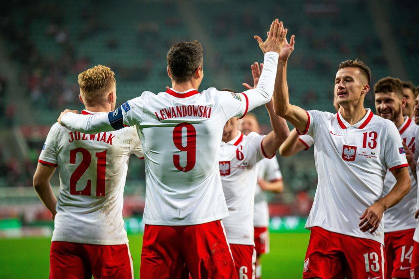Po czterech kolejkach tych rozgrywek Polska dość nieoczekiwanie prowadzi w grupie.