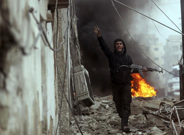 309945_sirija-granata-05reutersfoto-goran-tomasevic