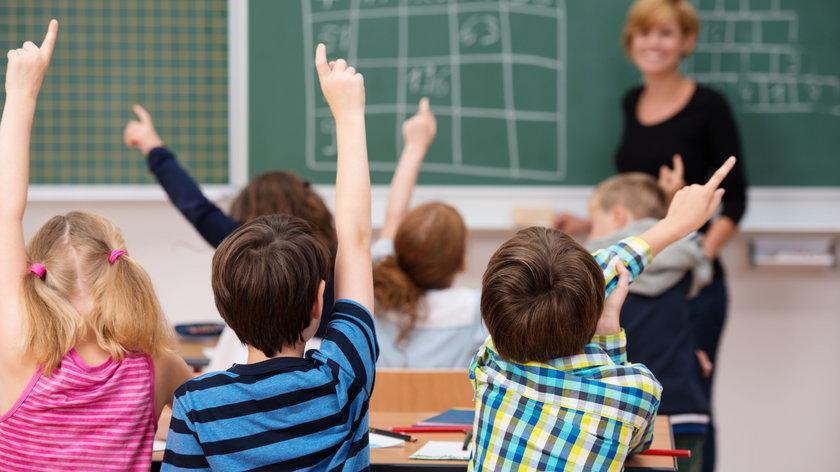 Dzień Nauczyciela 2021. Czy 14 października uczniowie będą mieli normalne lekcje w szkołach?