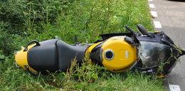 Poważny wypadek motocyklisty. Zderzył się z bocianem!